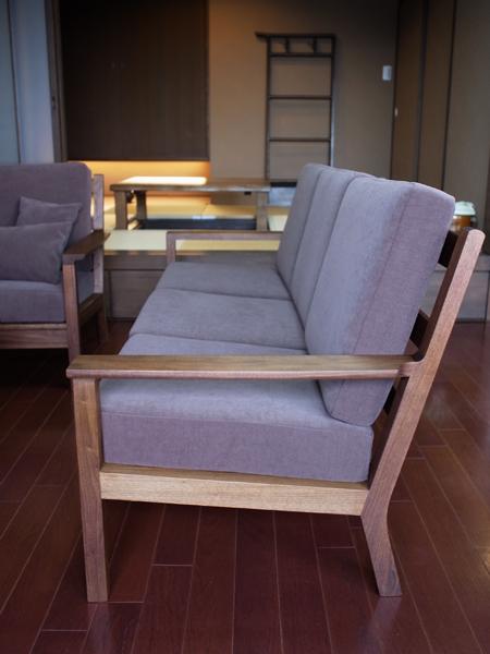 sofa2_04.jpg