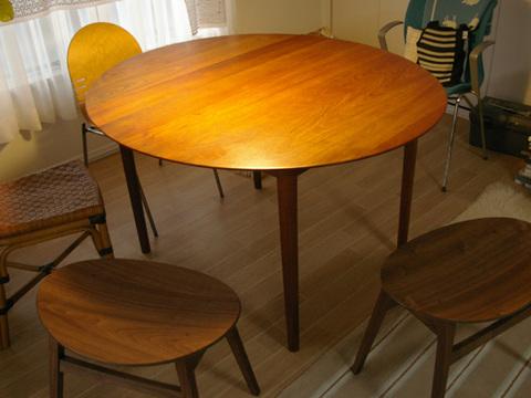 table_04.jpg