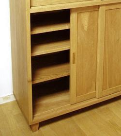cabinet_0002.jpg